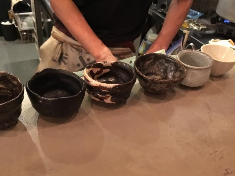 ▲おちょこもこんなに種類が!日本酒の種類も豊富で、こだわりを感じました。