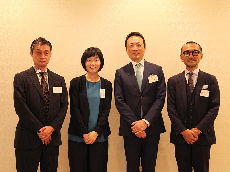 ▲吉田テクノワークス様(左から1、3番目)とパラドックスのメンバー。